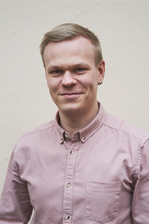 Sakari Pesonen